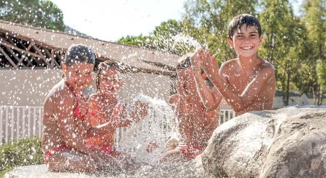 spielen für Kinder Wasserpark Camping Korsika